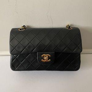 Chanel Vintage Small Classic Flap Lambskin 24K GHW